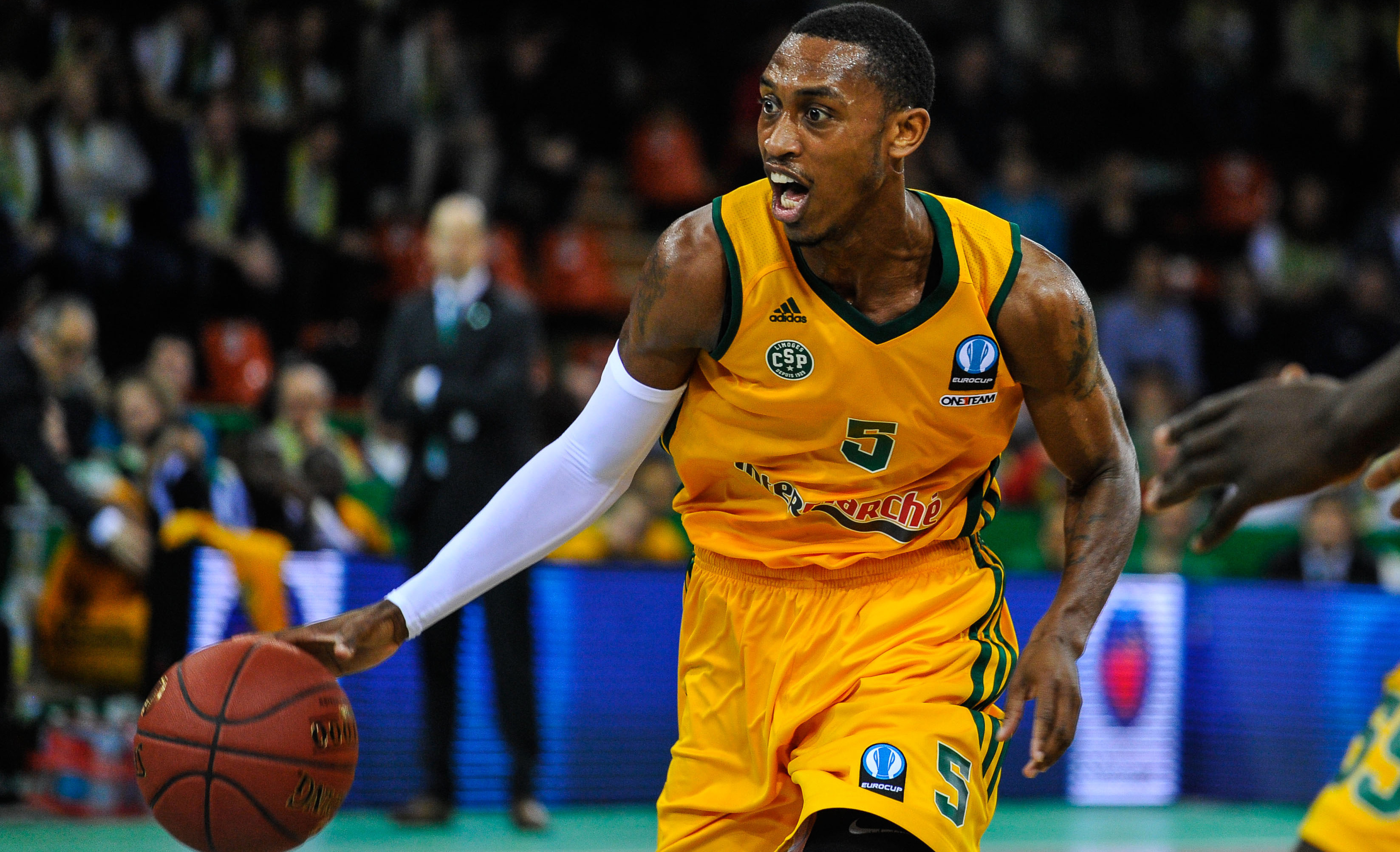 Inception sports jamar smith inception sports for Paok salonique basket